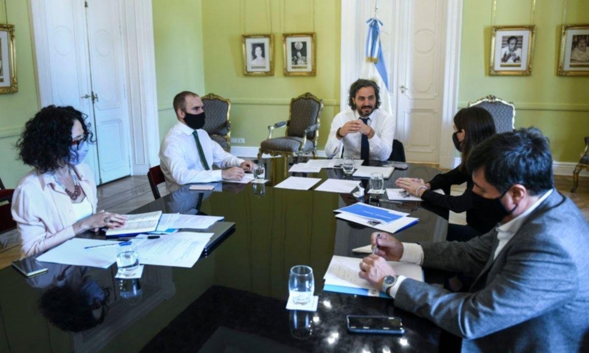 Quién le saca plata a Guzmán: la interna por el bono de fin de año