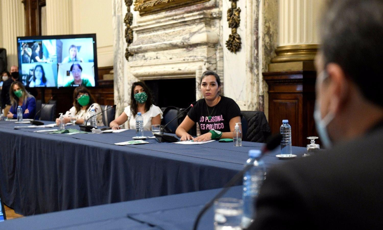 Diputados define el cronograma de debate sobre la legalización del aborto