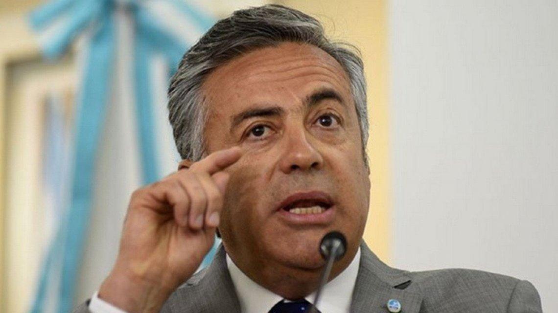 """Cornejo le contestó a Carrió: """"No podemos tirar por la ventana a un expresidente"""""""